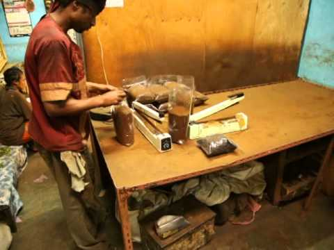 Harar coffee factory, 04 04 14 LOADED