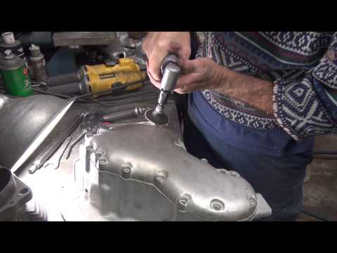 panhead to knucklehead 103 cam cover topend oil line feed drilling rebuild harley by tatro machine
