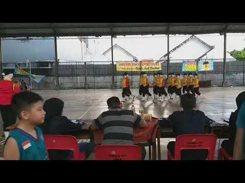 Paskibra SMP Negeri 35 Surabaya.
