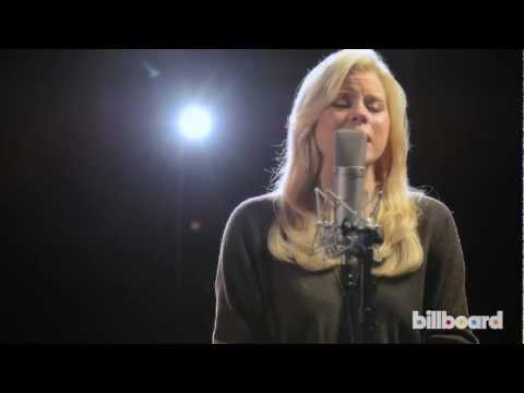 "Megan Hilty - ""Be a Man"" (Live Studio Session)"