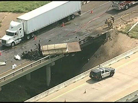 Watch As An 18Wheeler Dangles Off A Texas Overpass