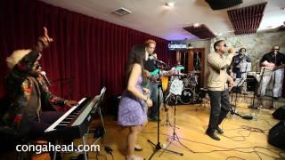 Gerardo Contino performs La Chica Redbull