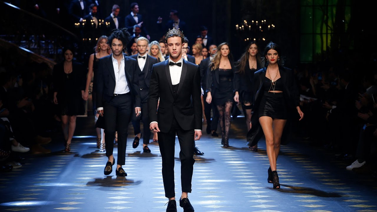 Dolce Gabbana Fall Winter 2017 18 Men 39 S Fashion Show Youtube