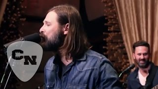 "Mac Powell Performs ""Hard Headed Woman"" 