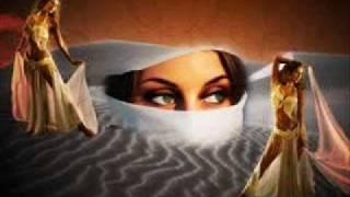 афигенная арабская музыка.   Bi kelma menak - sherine