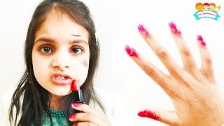 Cutie Pretends Play with Makeup Toys for Kids and Doing Dress up, Nail Polish for Party