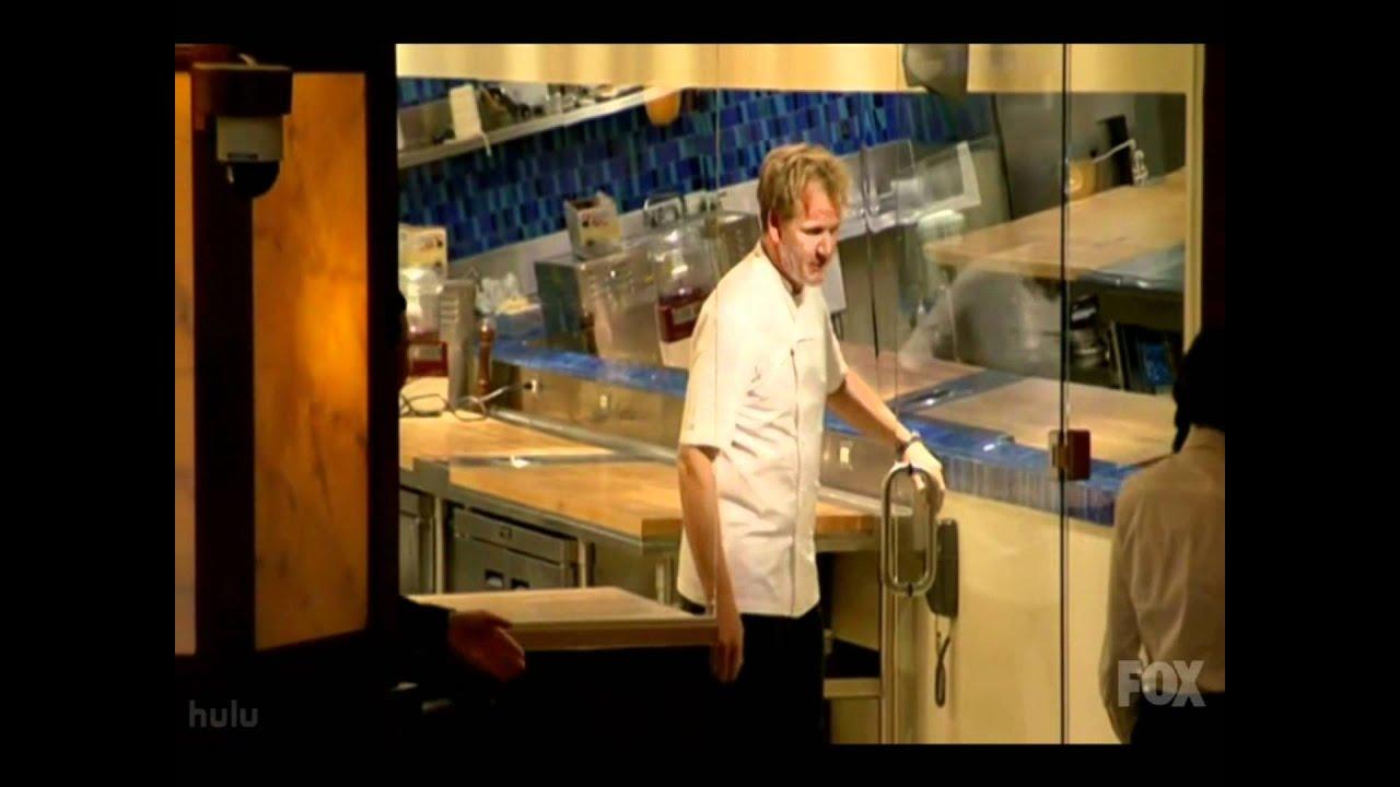 Hell 39 S Kitchen Jp Headbutts A Glass Door Youtube