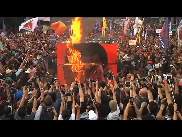 <h2><a href='https://webtv.eklogika.gr/filippines-sygkentrosis-kata-tou-proedrou-ntouterte' target='_blank' title='Φιλιππίνες: Συγκεντρώσεις κατά του προέδρου Ντουτέρτε'>Φιλιππίνες: Συγκεντρώσεις κατά του προέδρου Ντουτέρτε</a></h2>