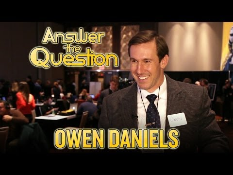 Owen Daniels goes on Super Bowl game show, answers New York trivia