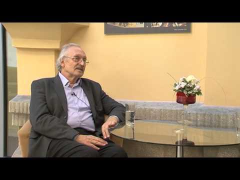 Víkendové rozhovory 03.11.2013 -- František Kovár, herec, recitátor a pedagóg