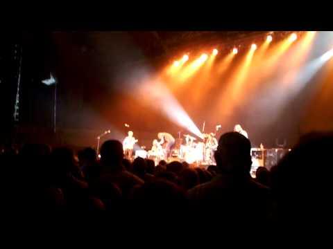 Dierks Bently Folsom Prison Blues Cover (Live from University of Arkansas)