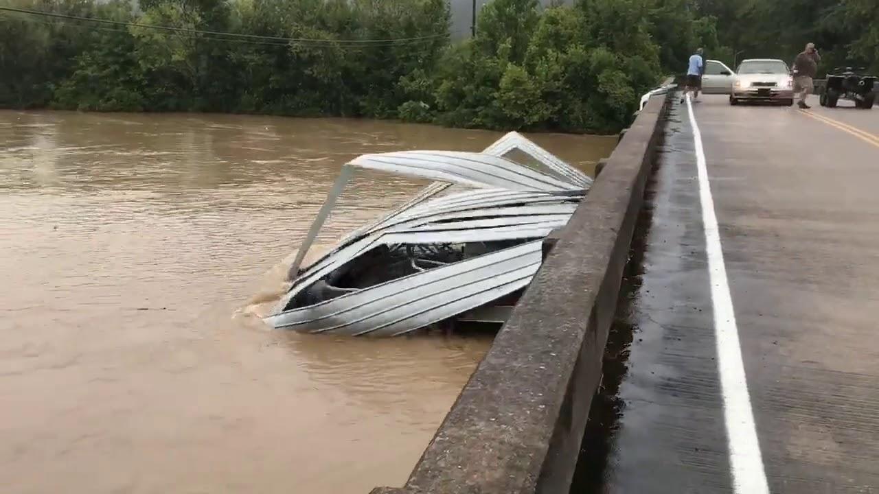 Boat Crashes Into a Bridge in Chapmansboro, Tennessee ...