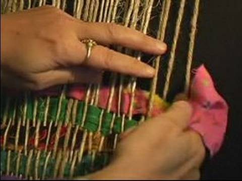 How to Weave on a Frame Loom : How to Make a Rug Pattern on a Frame Loom