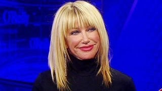 Suzanne Somers enters the