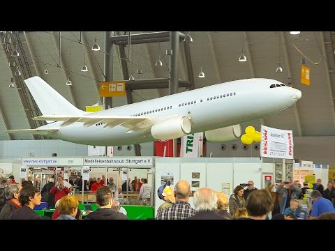 GIGANTIC AIRBUS A-320 RC AIRLINER FOR INDOOR FLIGHT / Modell Süd Stuttgart 2016