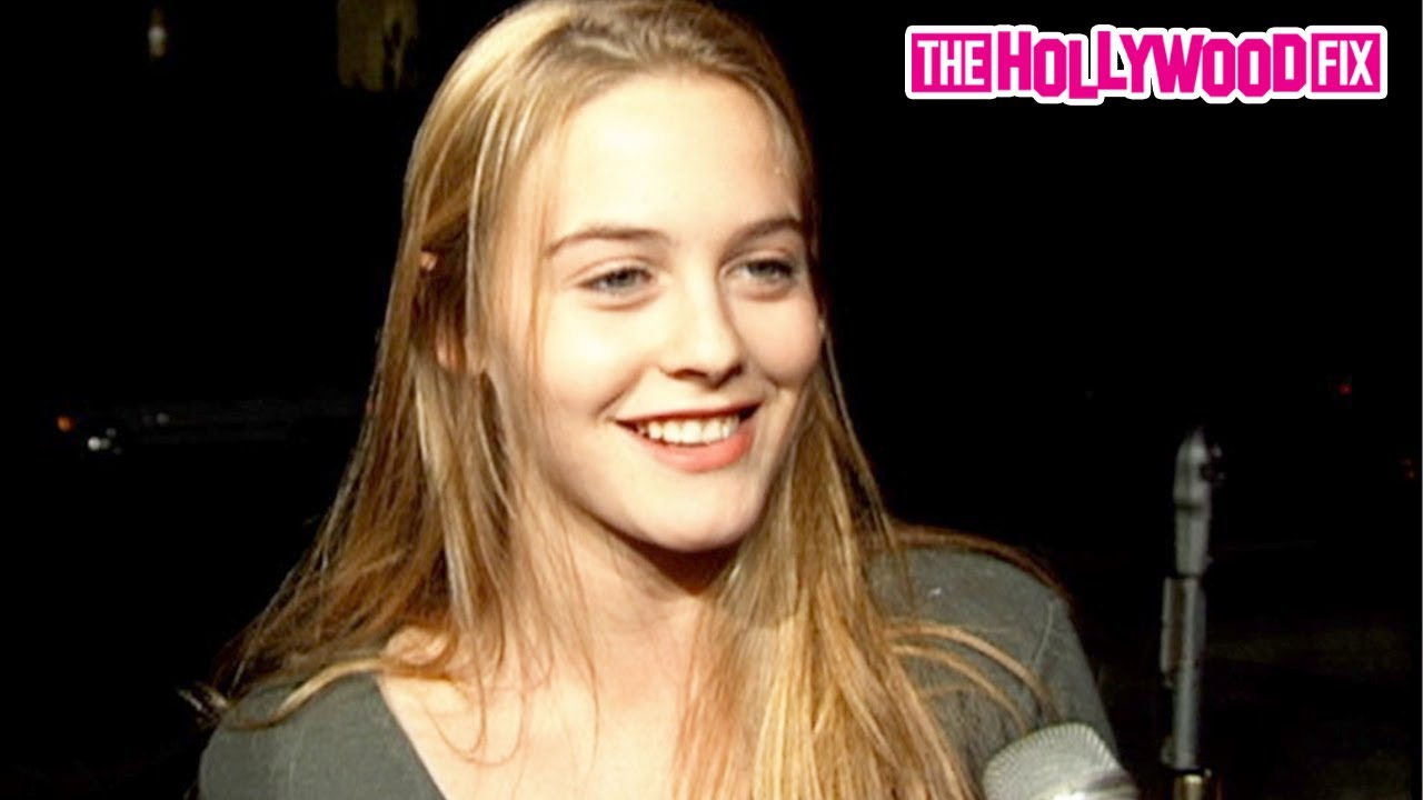 Alicia Silverstone Speaks On Filming Clueless, Aerosmith Music Videos & More At 18yrs Old In B.H.