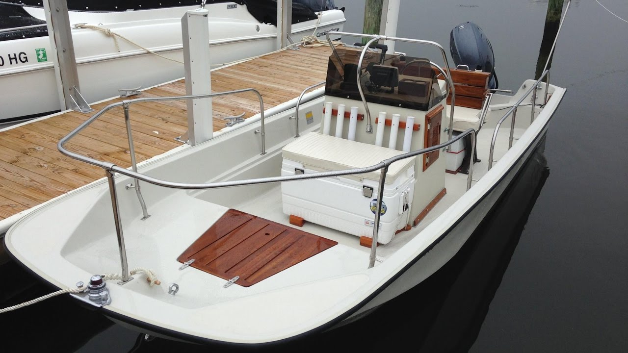 1985 Metan Boston Whaler Montauk 17 Restoration Youtube Boat Wiring Diagram