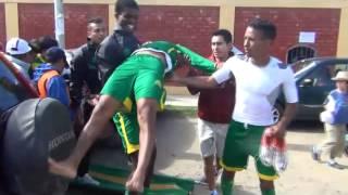 JUGADOR DE SPORT ANCASH FC JOSIMAR PACHECO AL BORDE DE LA MUERTE TRAS BRUTAL AGRESIÓN DE HINCHA