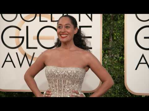 Golden Globes 2017 Fashion Cam Arrivals: Tracee Ellis Ross, Anna Chlumsky