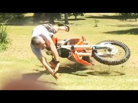 How NOT TO RIDE a Dirt bike - Crashes & Fails 2018