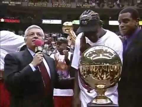 Michael Jordan 45 points vs Utah Jazz NBA Finals 1998 Game 6.mp4