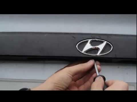 как открыть без ключей Hyundai accent.