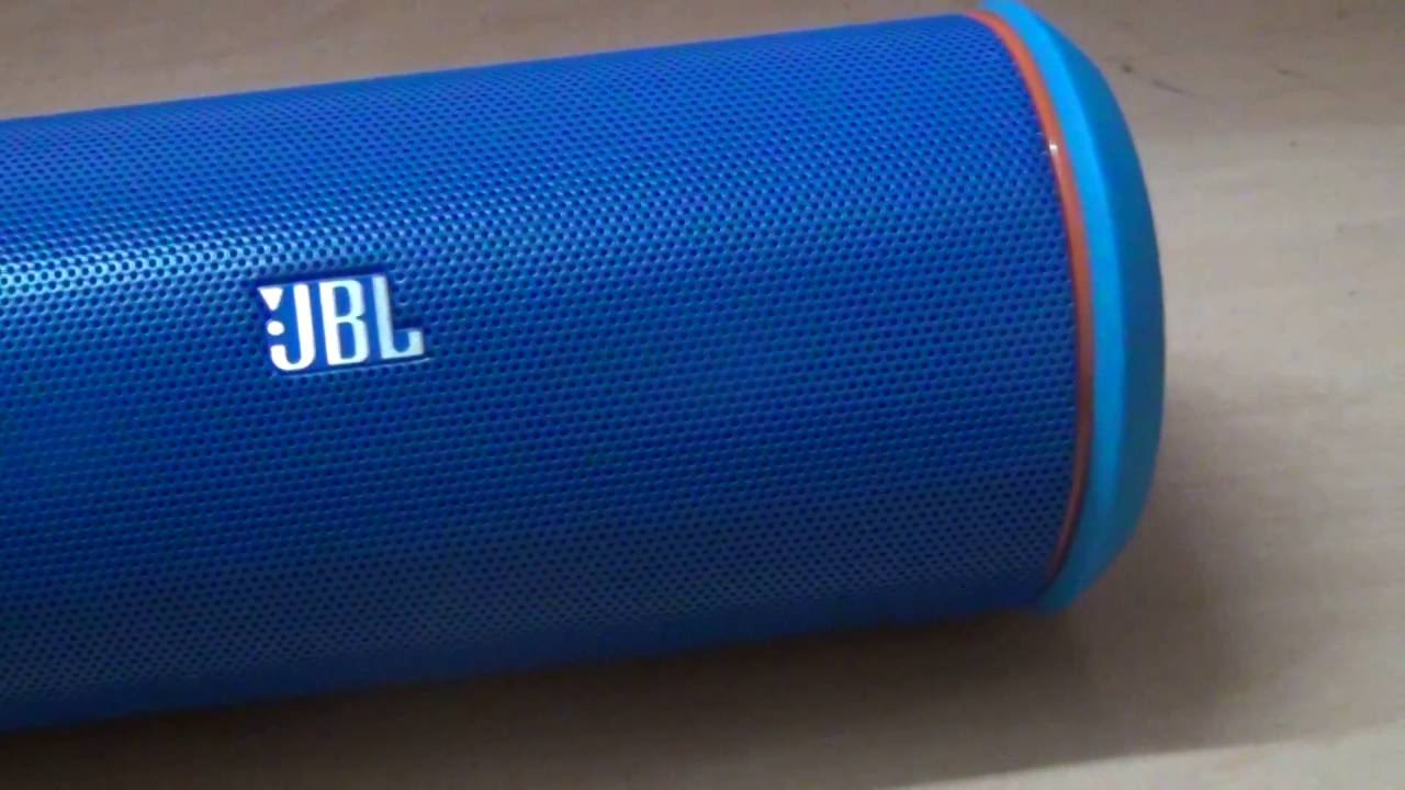 JBL Flip 4 & JBL Charge 3 compared - YouTube