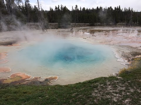 Yellowstone - Geysers, Hot springs, Mud Pots, Fumaroles - Geothermal Activity