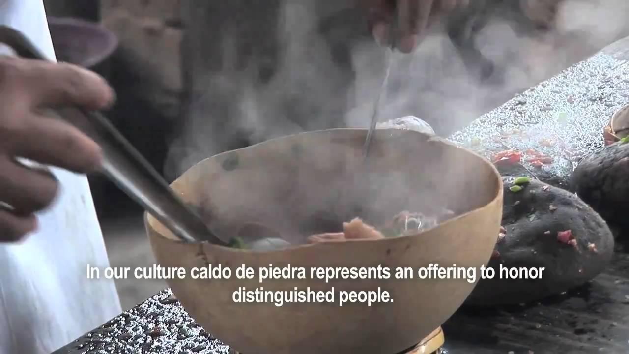 Caldo de Piedra: Sabor Chinanteco (English subtitles) - YouTube