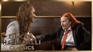 Violetta fasst Georgina's Br*ste an   Circus HalliGalli Classics   ProSieben