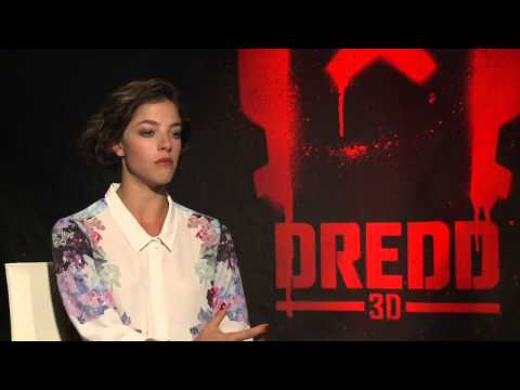 Olivia Thirlby 'Dredd' Interview!! [HD]
