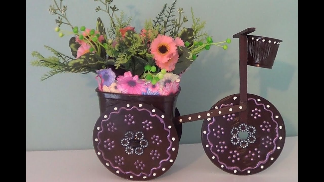 Artesanato Triciclo de cd para decoraç u00e3o com materiais reciclados YouTube
