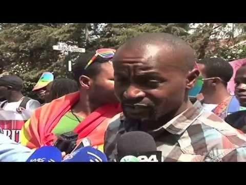Anti-gay protest: Kenyans protest outside Ugandan Embassy