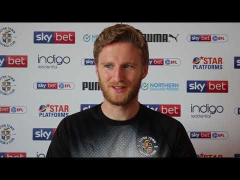 New loan signing Eunan O'Kane's first interview