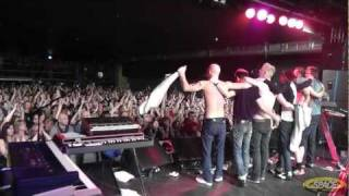 Female Of The Species (Reprise) (Space Live @ O2 Academy Liverpool 2011)