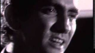 Watch Paul Kelly Darling It Hurts video