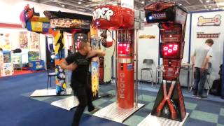 Repeat youtube video Kalkomat Boxer Glove - playing the most unique boxing machine