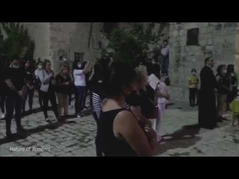 Армяне в Иерусалиме молятся за Армению