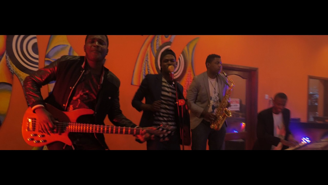 Chin Bees Inogire Official Music Mp4: ZUZU (Official Music Video)