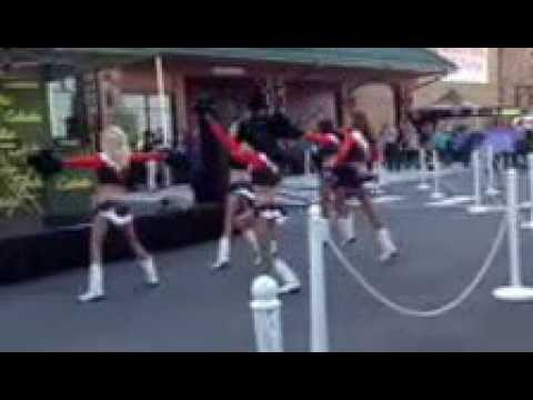 Broncos Cheerleaders Cabela