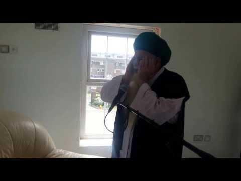 Shaykh Hisham Makes the First Azan at the Feltham Dergah in the UK