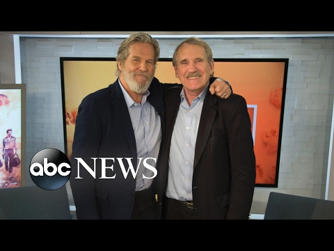 Jeff Bridges Talks 'Hell or High Water' and the One Thing That's Always the Same in His Films