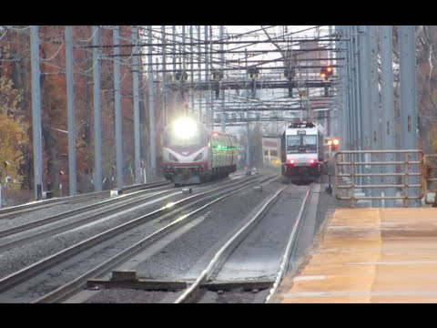 Railfan Northeast Corridor at North Elizabeth