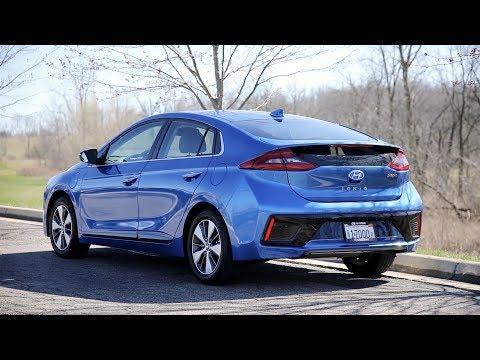 2018 Hyundai IONIQ Plug-in Hybrid Prototype - POV First Impressions (Binaural Audio)