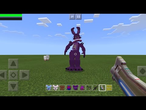 REAL FIVE NIGHTS AT FREDDYS MOD vs Fortnite Weapons in Minecraft PE