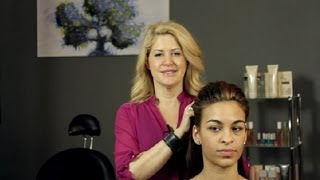 How to Use Spray Mousses for Hairstyles : Hair Styling Tips