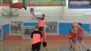 Школьники сыграли в стритбол в Уссурийске