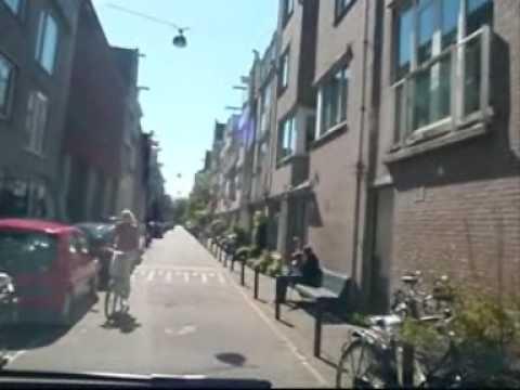 Johnny Jordaan:bij ons in de Jordaan, Jordaanwals en pikketanussie