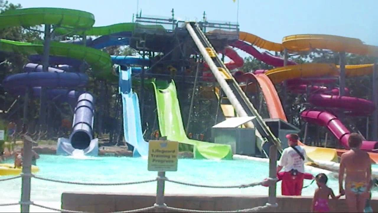 Hurricane Harbor Water Park 107