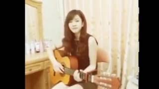 Âm thầm bên em cover guitar - Sơn Tùng M-TP ( Gái xinh guitar cover )
